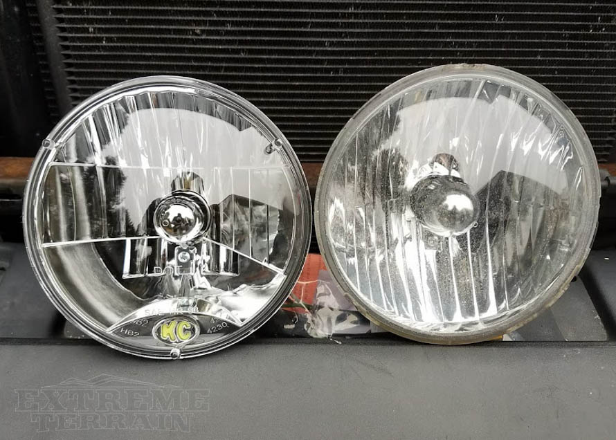 Aftermarket Halogen Headlight Versus Stock Wrangler Headlight
