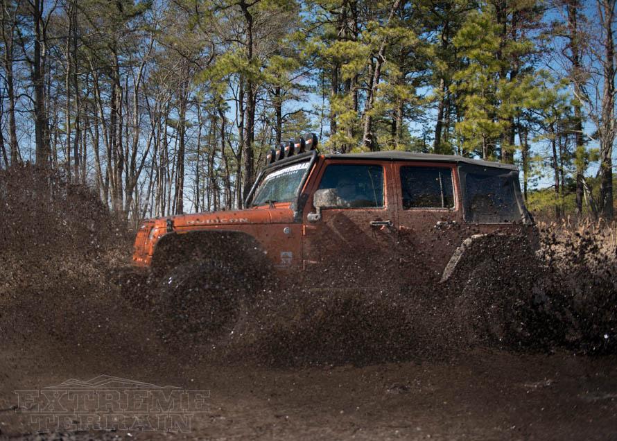 JK Wrangler Slinging Mud