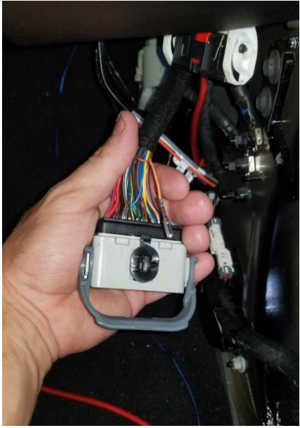 How to Install Mopar Auxiliary Switch Bank (2018 Jeep