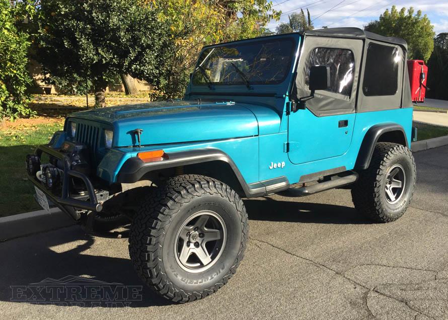 1992 Jeep YJ Wheels - Gun Metal Mammoth Rims