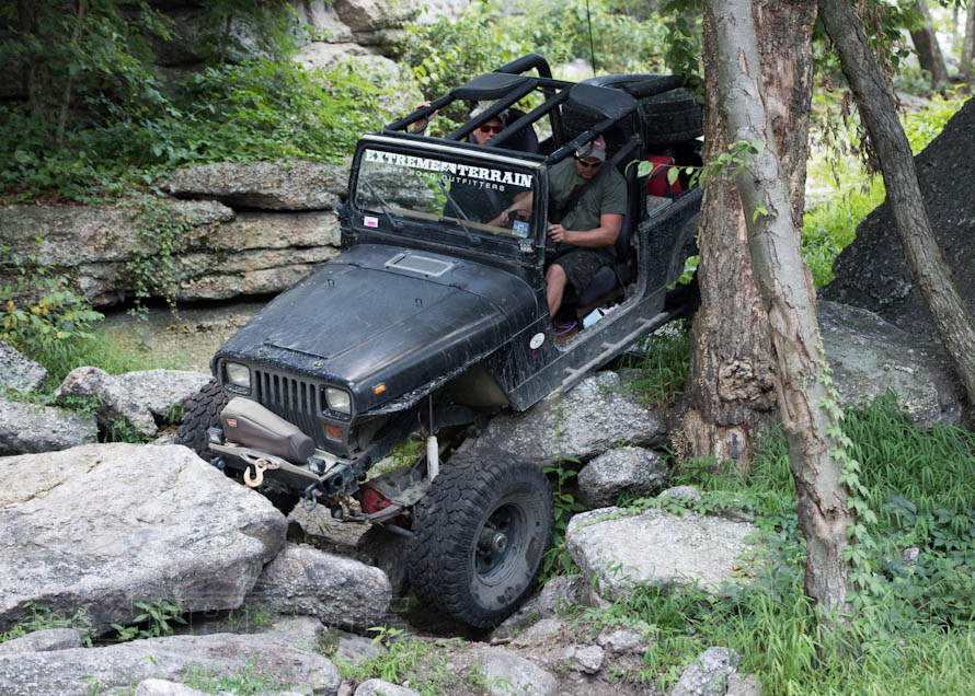 automatic vs manual transmission jeep wranglers extremeterrain rh extremeterrain com jeep auto or manual jeep wrangler auto vs manual