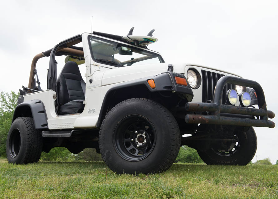 TJ Wrangler with Tubular Front Bumper