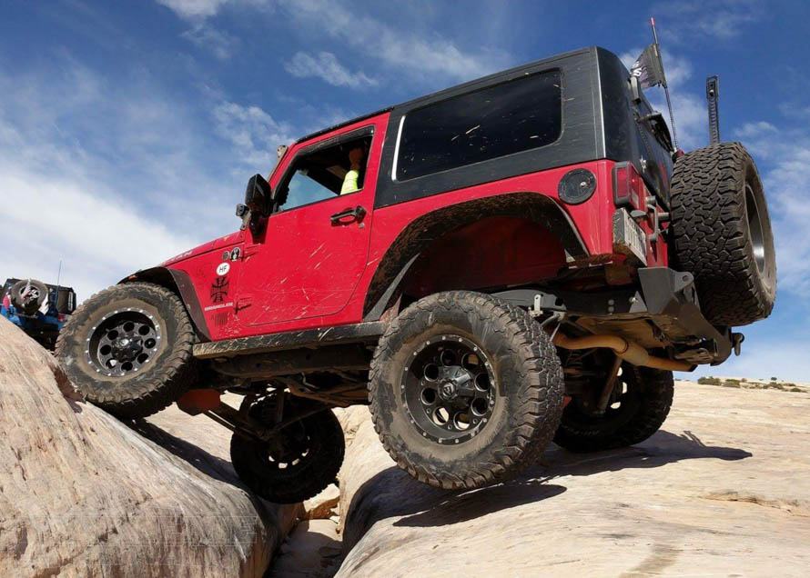 Jeep Wrangler Track Bar Problems & How to Solve Them