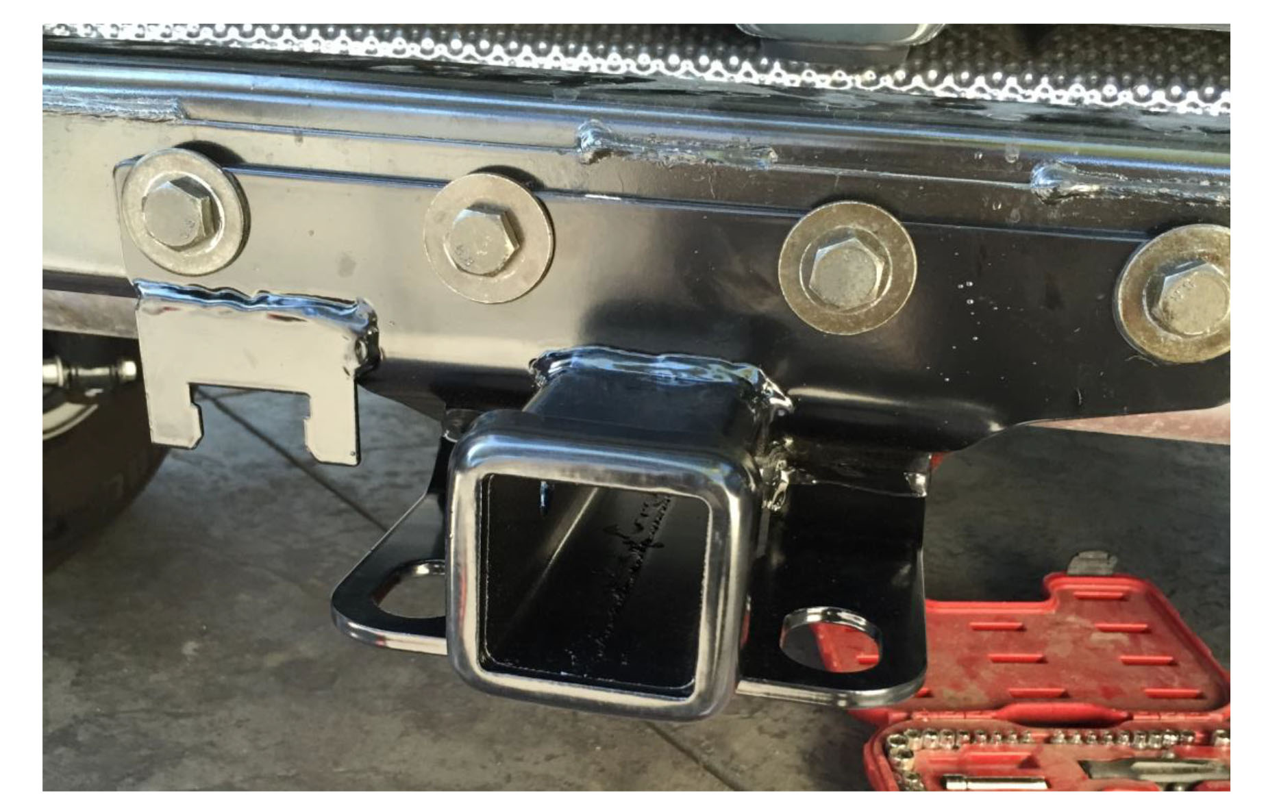 Hot To Install A Rugged Ridge Hitch Kit 2 In Ball On Your 2007 Tow Bar And Wiring Auto Transform The Bumper By Installing 6 Bolts Initially Removed