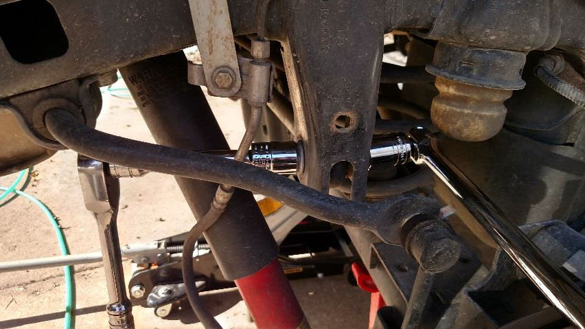 How To Install a Teraflex Rear Track Bar Bracket for 2-6 in